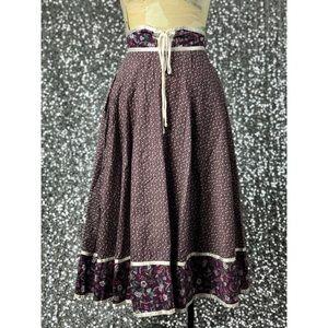 Vintage Skirts - 🖤 Vintage 1970s Gunne Sax floral prairie skirt